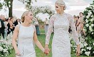 Bayan basketçi kız arkadaşıyla evlendi