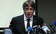 Puigdemont erken seçim için aday listesini Belçika'da açıkladı