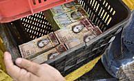 Venezuela'da 100 bin bolivarlık en büyük banknot tedavüle giriyor