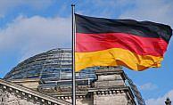 Almanya 4 Rus diplomatı sınır dışı etti
