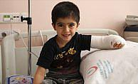 Minik Şiar ender görülen hastalığından kurtuldu