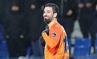 Arda Turan Galatasaray maçında sahada