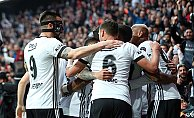 Beşiktaş, Akhisar deplasmanında üç puan peşinde