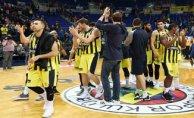 Fenerbahçe Doğuş ligde liderliği garantiledi