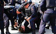 Rusya'da hükümet karşıtı gösteriler düzenlendi