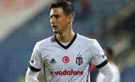Beşiktaş 3,9 milyon'a sattı