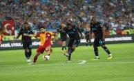 Galatasaray Trabzon'da dağıldı