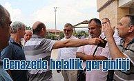 İş adamı Esat Sivri'nin cenazesinde helallik gerginliği çıktı
