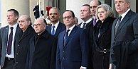 Obama, Fransa'daki yürüyüşe neden katılmadı?