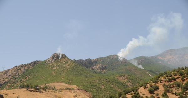 Tunceli'de PKK'lılar askeri helikoptere ateş açtı (2)
