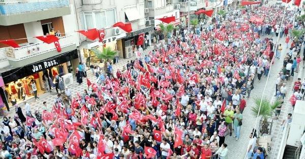 Turgutlu PKK terörüne karşı tek yürek oldu yürüdü