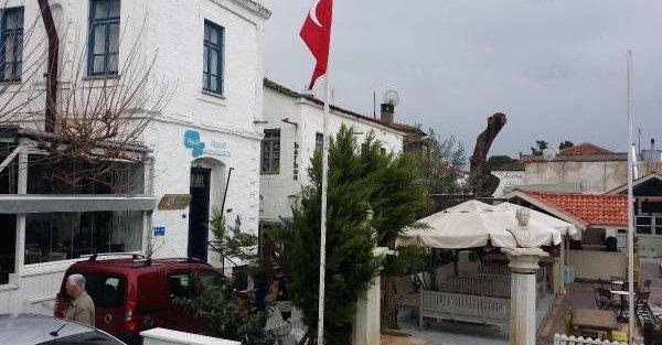 Turizm cenneti Alaçatı'da 24 işyeri ve otel için tahliye kararı