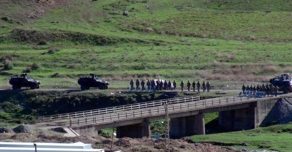 Türkiye- Suriye Sınırında Askeri Hareketlilik