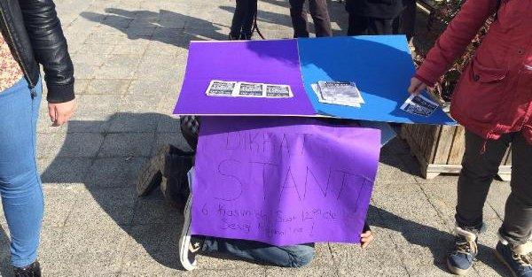 Üniversite Öğrencilerinden İlginç Protesto