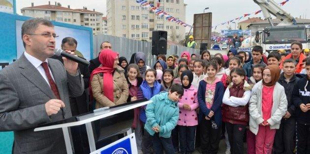 Üsküdar'da tapu sorunu çözüldü, 16 bin kişile tapu dağıtılıyor