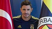 Fenerbahçeli futbolcu Giuliano: Şampiyonluk yarışı içinde oluruz