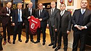 FIFA Başkanı Infantino'dan TFF'ye ziyaret