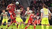 Bayern Münih evinde Köln'ü yendi