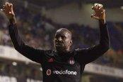 Demba Ba Beşiktaş'a veda etti