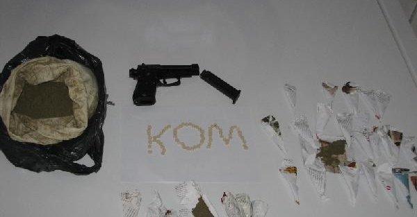 Viranşehir'de uyuşturucu operasyonu: 5 gözaltı