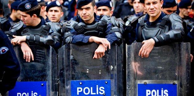 Yılbaşında 15 bin polis görev başında olacak